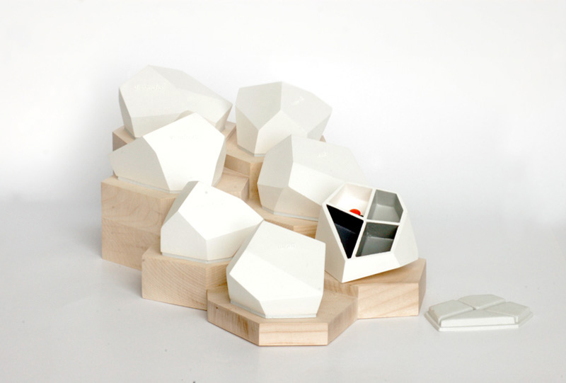 home medicine containers/ Celine Forestier